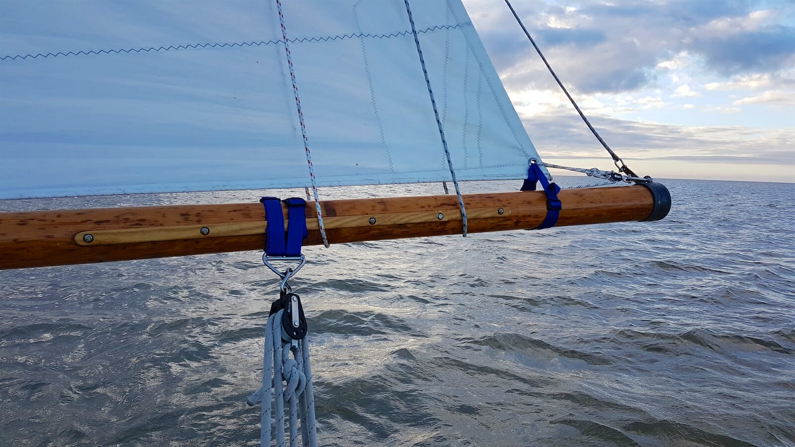 A124 Helene gets her old boom back with slab reefing