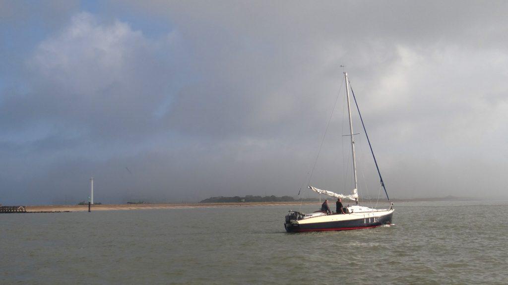 2020 08 17 Sailing up the coast 02