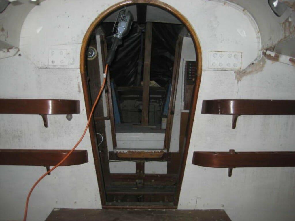 A102 cabin shelving