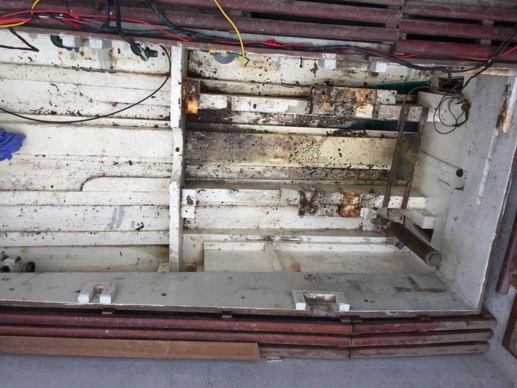 A105 Taku Maru engine room