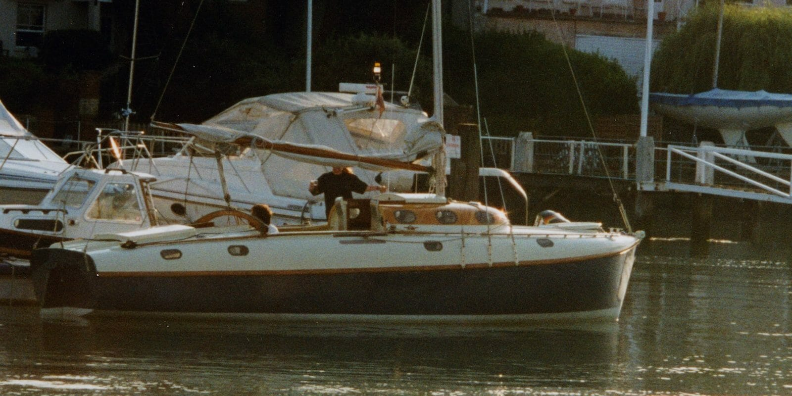 A165 at Cowes Corinthina YC for Uffa Fox Centenary 14-16 August 1998