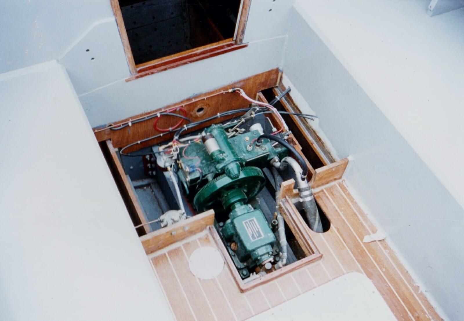 A48? 1995 Engine installation