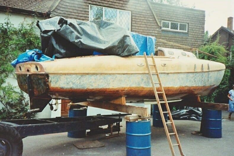 A86 1990 On the drums....Showing epoxy on underside, and respray of hull. 2