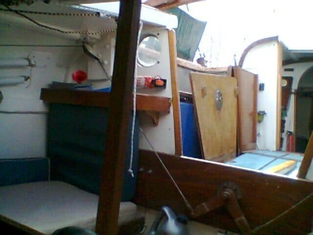 A95 2016 038 Rear cabin starboard side