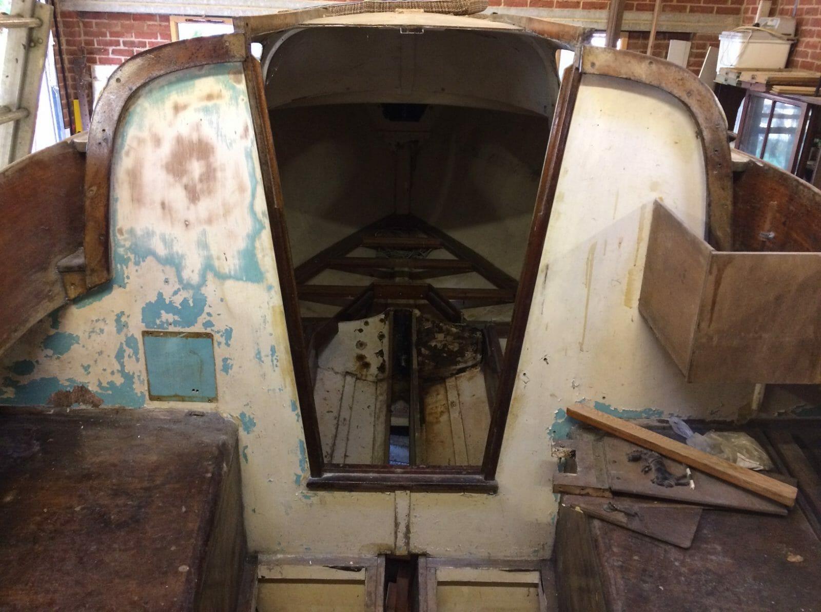 F3 2020 01 Cockpit Looking Forward