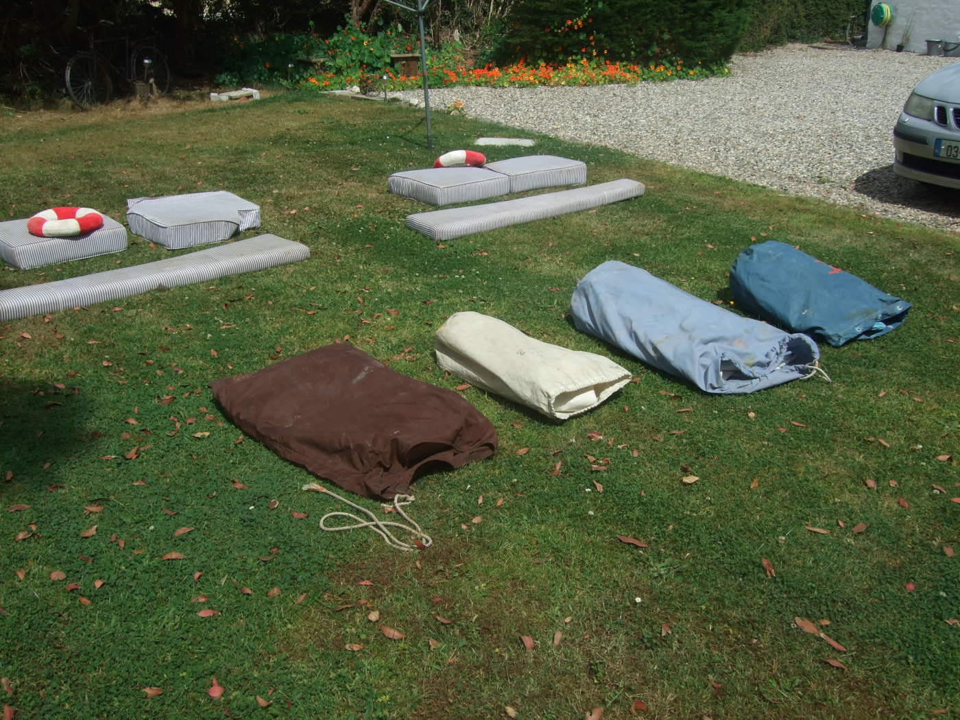 Cushions & sails