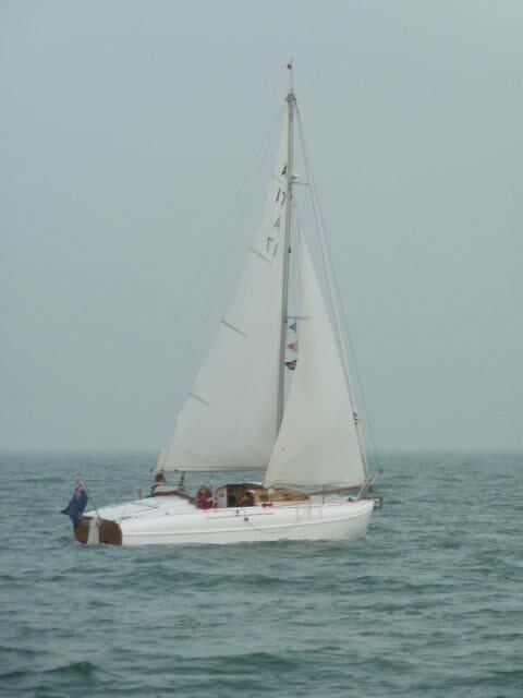 A17 Gambol Sailing in Solent Half Term 2012