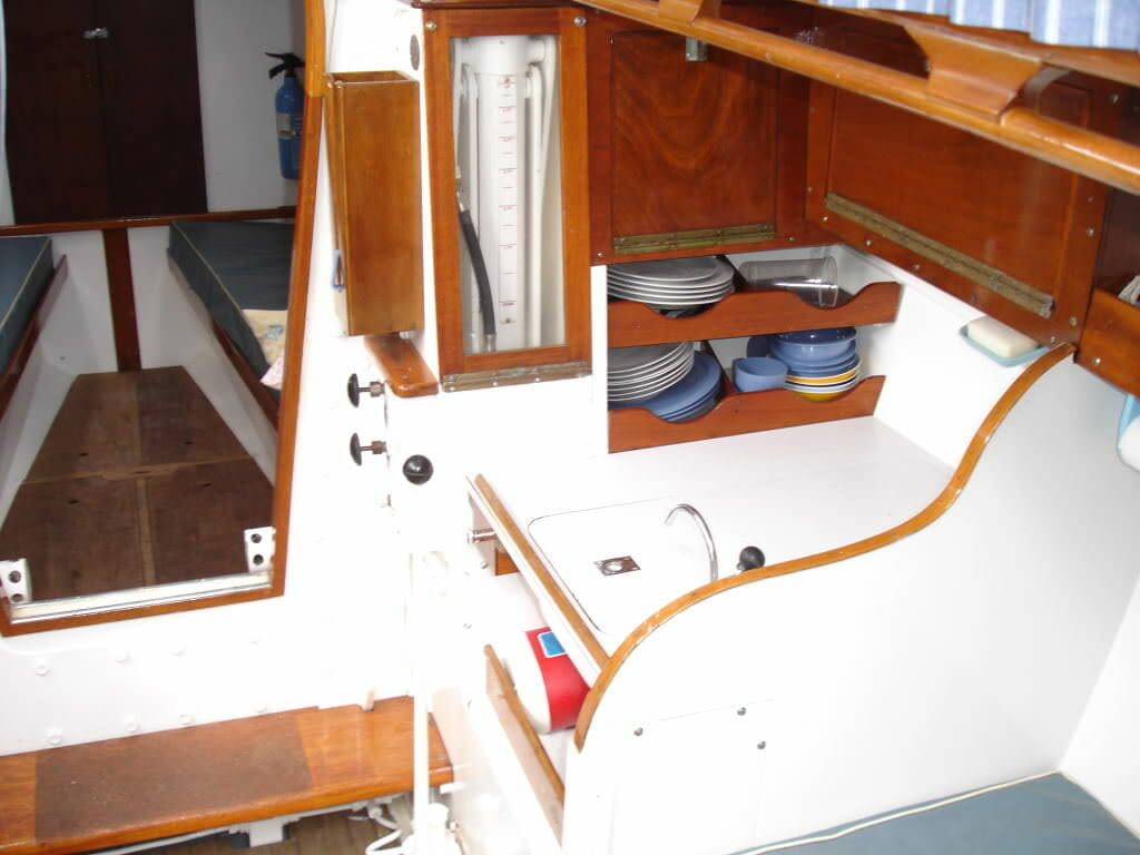 Zambra interior 3 - Galley basin starboard side