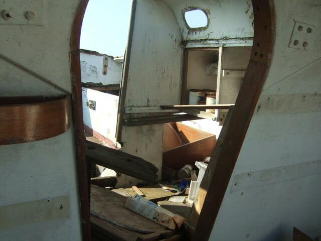 A174 Cordyl interior