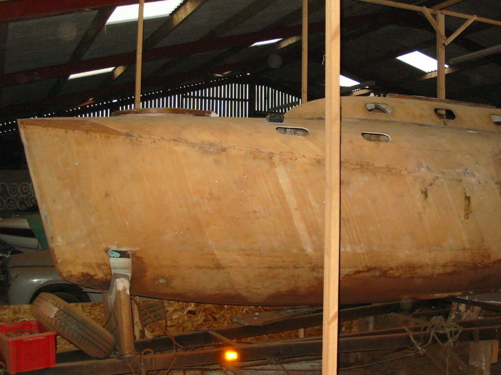 A90 Naughties Restoration - 6 Hull