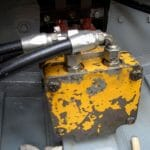 The hydraulic drive.