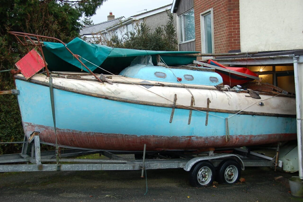 A92 Sea Major - Sound with galvanised trailer - £995 ono SOLD