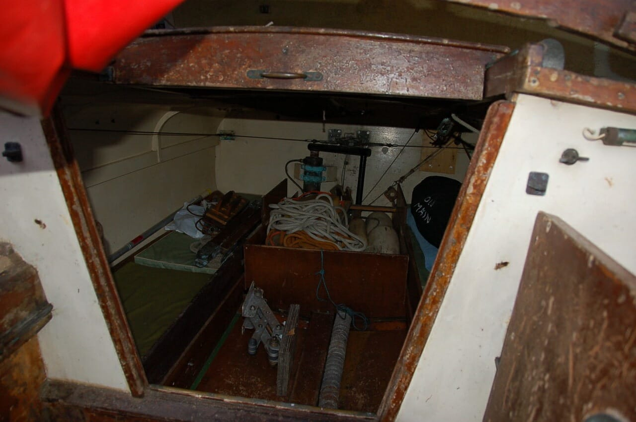 A92 Sea Major aft cabin