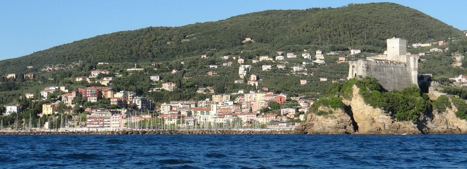 aug 23c past lerici 001