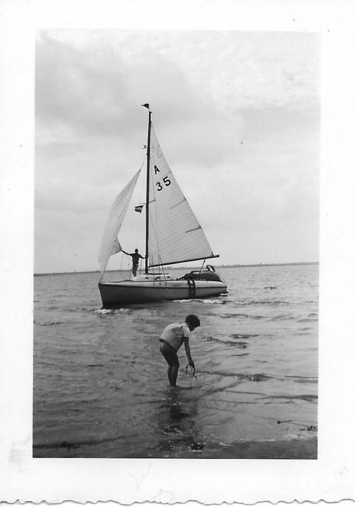 Under sail ?