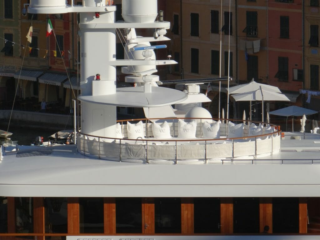 The rather elegant loungers on the Wedge Too top deck.