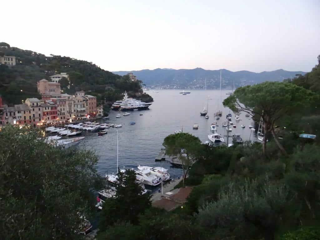 A magnificent harbour.