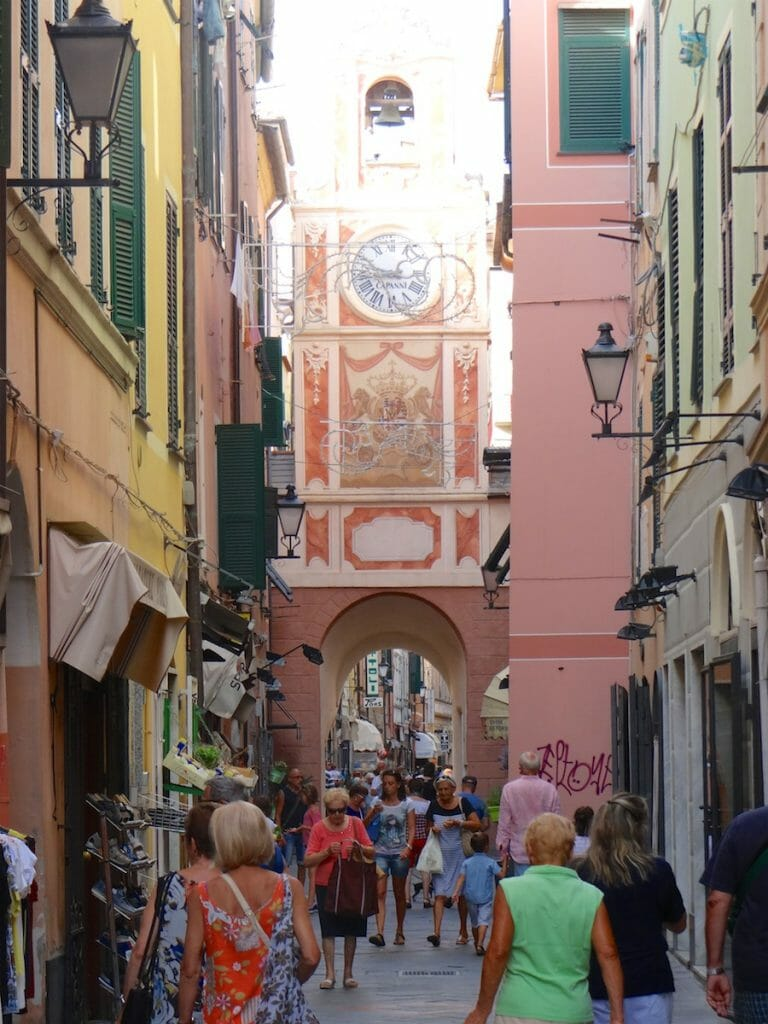 We explored the colourful an narrow network of alleys in Loano.