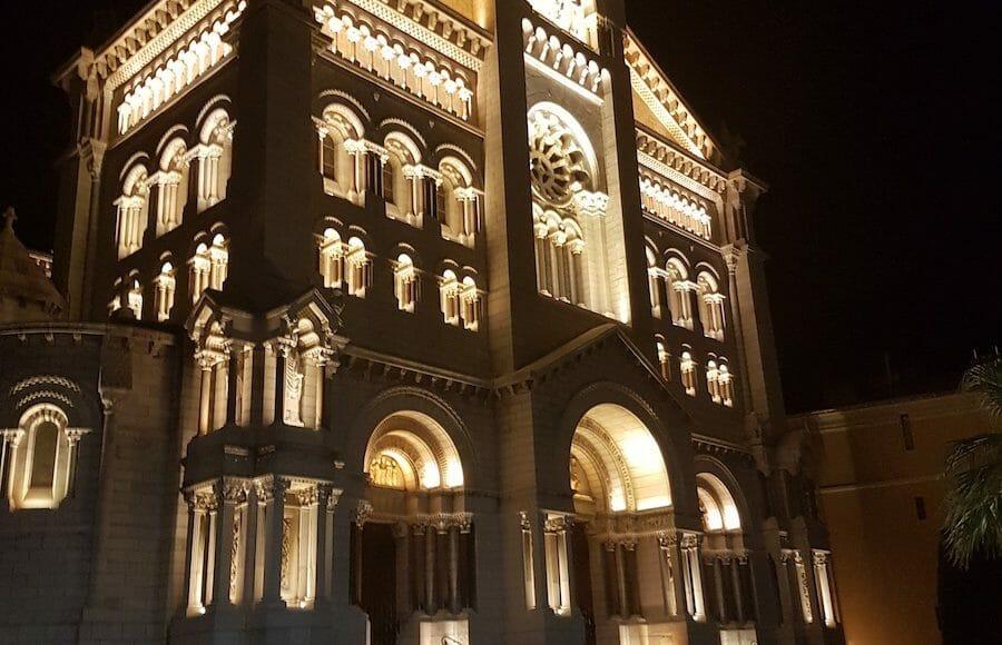St Nicholas Cathedral at night