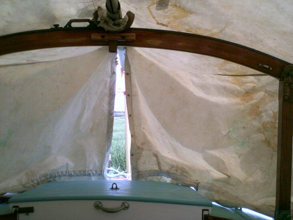 A95 Hiran Cockpit Cover over the horse