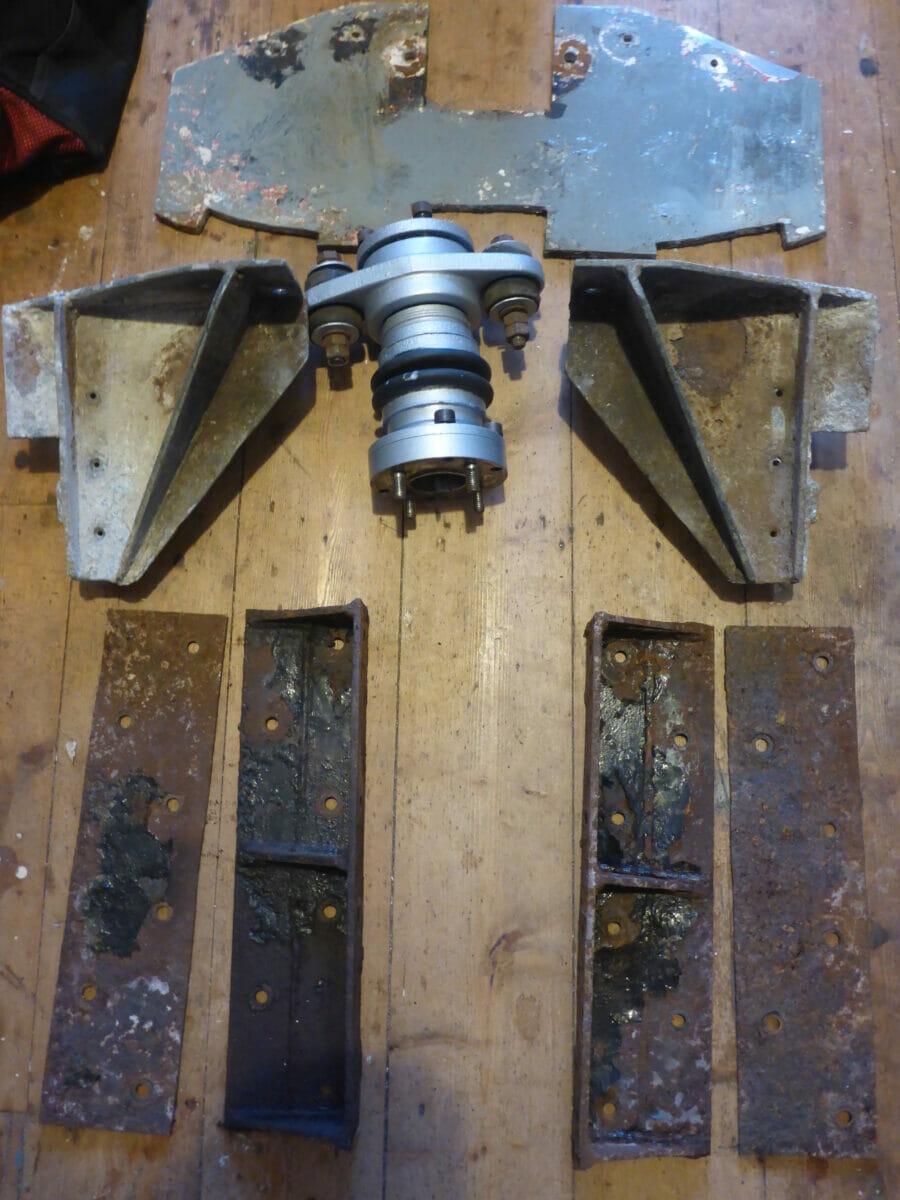 Engine Bearers and Thrust Bearing